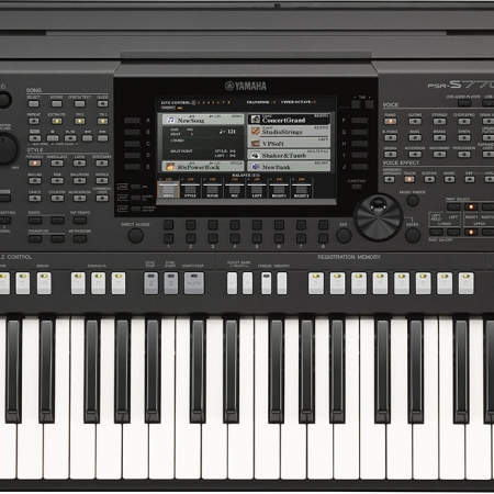 The Yamaha PSR-S770 - Front View